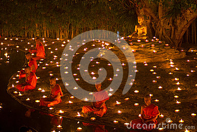 CHIANGMAI, THAILAND - FEBRUARY 25:  Unidentified thai monks medi Editorial Stock Photo