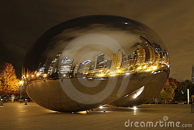 Chicago bean at night Editorial Stock Photo