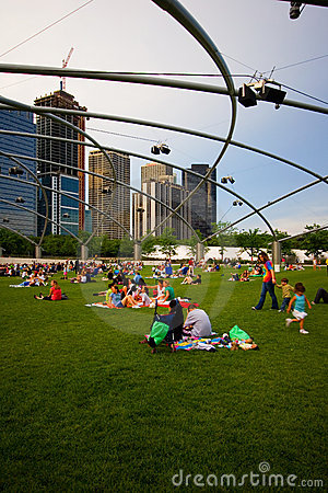 Chicago city view from Millenium park Editorial Photography
