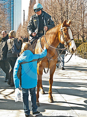Free Chicago Police On Horse - I Royalty Free Stock Images - 23471839
