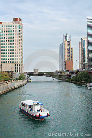 Chicago River Ferry Royalty Free Stock Photos - Image: 3386718