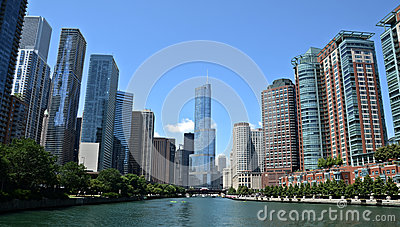 Chicago river view, with Trump International Hotel and Tower Editorial Stock Image