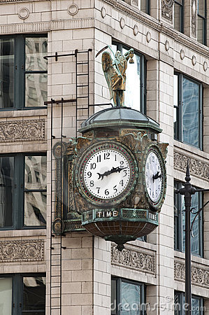 Chicago street clock