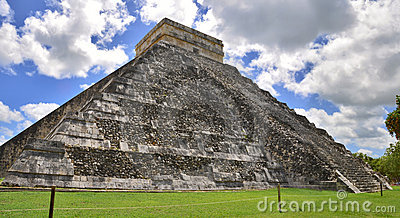 Chichen Itza Pyramid, Wonder of the World, Mexico