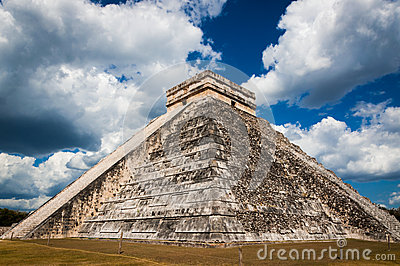 Chichen Itza ruins temple of Kukulcan El Castillo