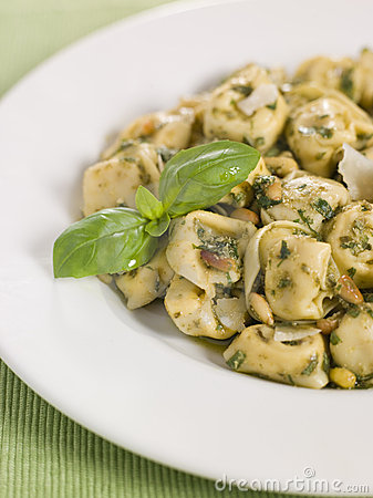 Free Chicken And Mushroom Tortelinni With Pesto Royalty Free Stock Photos - 5951838