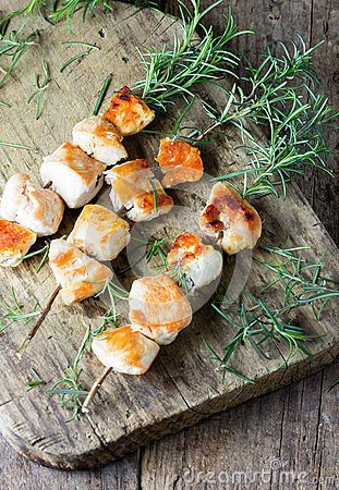 Free Chicken Brochette Kebab Grilled Bbq Meat On Rosemary Branch Royalty Free Stock Photo - 79307205