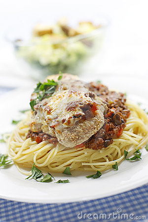 Chicken and spaghetti meal