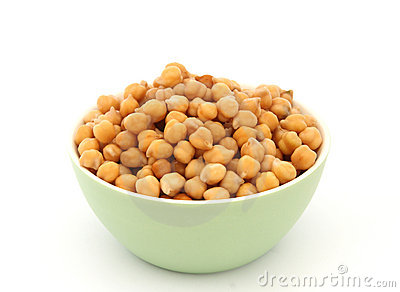 Chickpea in green bowl detail