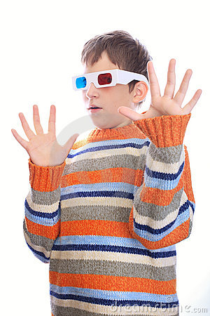 Child in 3d glasses