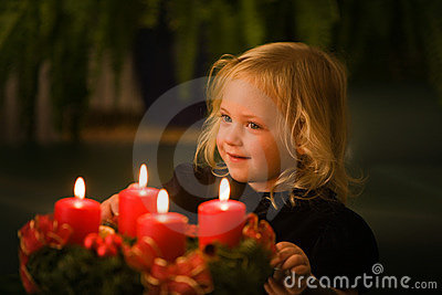 Child with Advent wreath