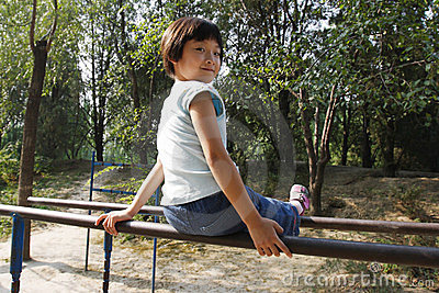 Child exercise on the parallel bars
