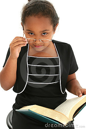 Free Child Girl With Glasses Reading Stock Photos - 433303