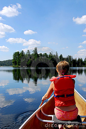 Free Child In Canoe Royalty Free Stock Photo - 1318345