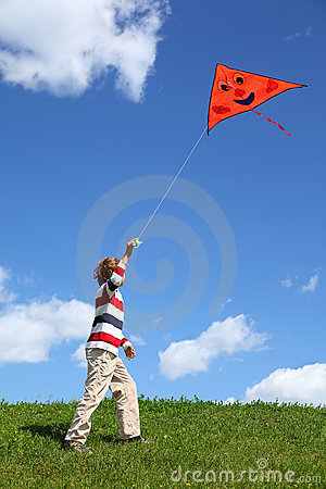 Free Child In Summer Starts Air Serpent In Blue Sky Royalty Free Stock Photos - 19719558