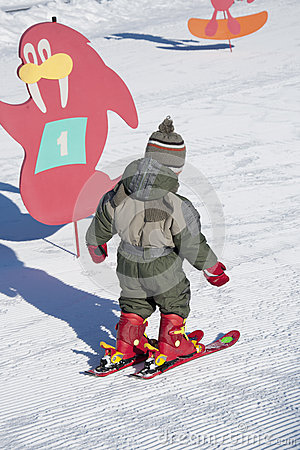 Child learning skiing