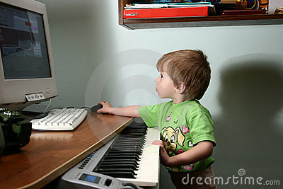 Child and MIDI Keyboard