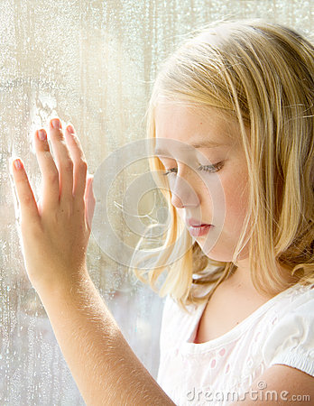 Free Child Or Teen At A Window Royalty Free Stock Image - 26292546