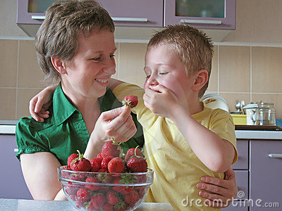 Child overeat strawberries