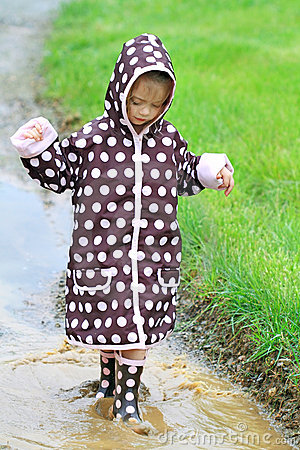 Free Child Playing In Rain Royalty Free Stock Photos - 14123348
