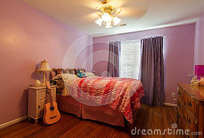 Child s Pink Bedroom