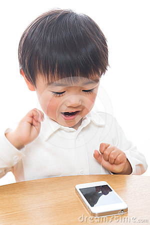 Child and smart phone