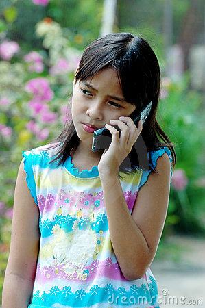 Child talking to the phone