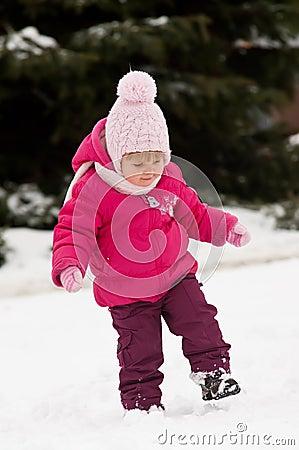 Child walk in snow