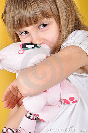 Free Child With A Toy Cat Royalty Free Stock Photos - 18848688