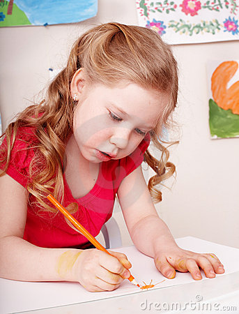 Free Child With Colour Pencil Draw In Preschool. Royalty Free Stock Photography - 13924637