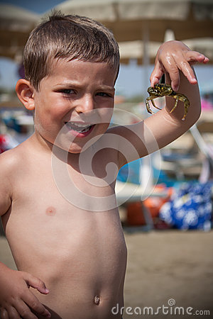 Free Child With Crab Royalty Free Stock Photos - 48606388
