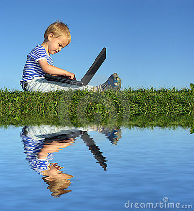 Free Child With Notebook Royalty Free Stock Image - 1183026