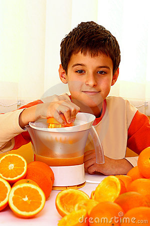 Free Child With Oranges Royalty Free Stock Images - 22376649