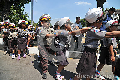 The children get to know the profession of police