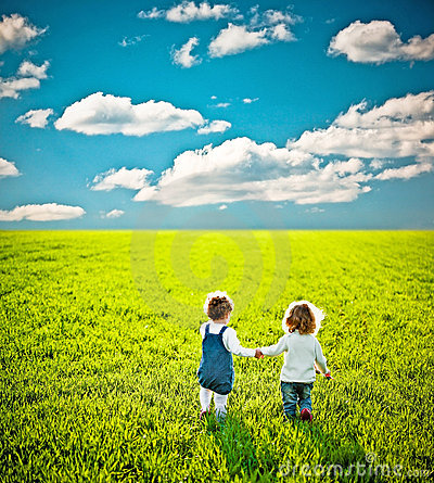 Free Children Going On Field Royalty Free Stock Images - 19466059