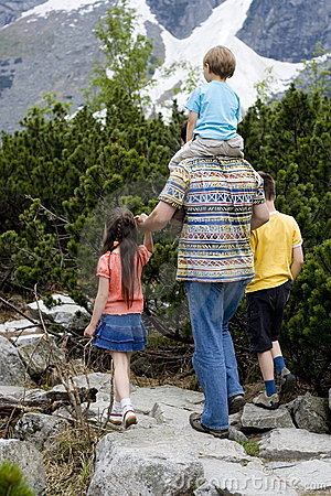 Free Children Hiking With Dad - 2 Stock Photography - 1585412