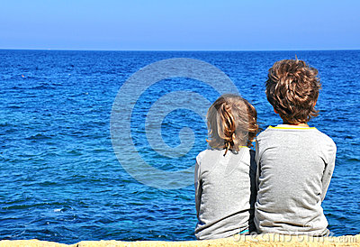 Children looking at horizon