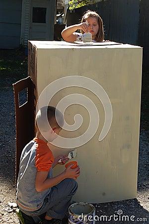 Free Children Painting Box Playhouse Royalty Free Stock Image - 63349466