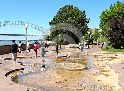 Children Play in the Water at the River Park on Mud Island Editorial Photo