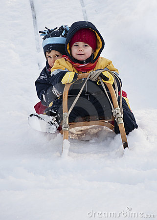 Free Children Playing In Snow Stock Images - 15784364