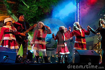 Children sing Christmas songs Editorial Stock Image