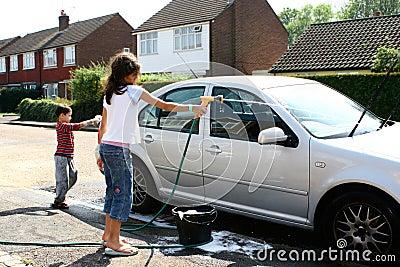 children washing the car