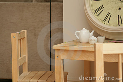 Childs Table