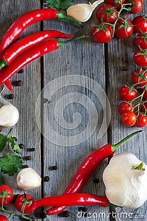 Free Chili, Tomato And Garlic Royalty Free Stock Images - 40005199