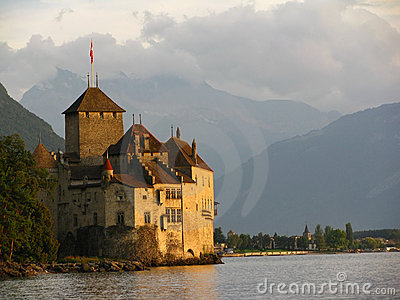 Chillon Castle and the golden hour