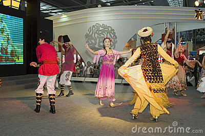 China Cultural Fair in Shenzhen - XinJiang dancer Editorial Stock Image
