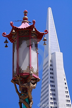 Chinatown lamp and Transamerica Pyramid, San Franc Editorial Photo