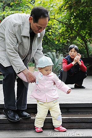 Chinese baby learn to walk
