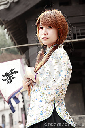 Free Chinese Beauty Outdoor Stock Photo - 19994810