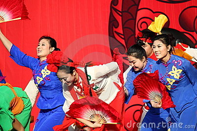 Chinese dancers at New Year Parade Editorial Image
